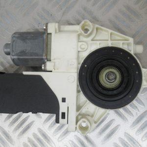 Moteur leve vitre AV G Bosch Peugeot 407 2,0 HDI 16v 136cv 1137328125 / 0130822200