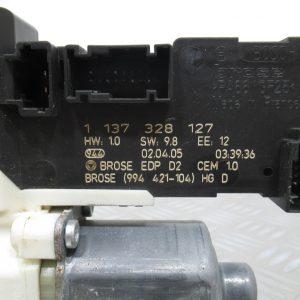 Moteur leve vitre AV D Bosch – Peugeot 407 2,0 HDI 16v 136cv – 1137328127 / 0130822201