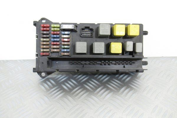 Boitier porte fusibles Mercedes Sprinter 110 CDI 9065450401