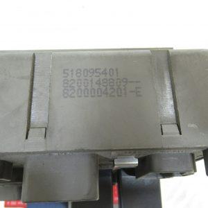 Boitier Fusibles Renault Laguna 2 8200004201