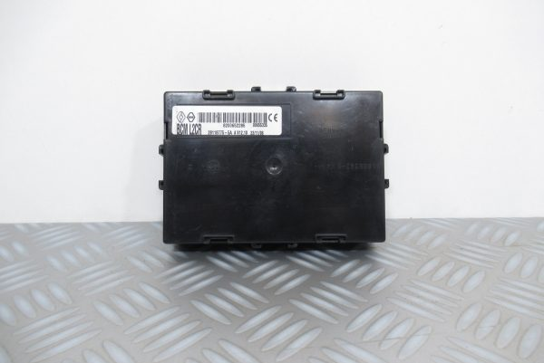 Boitier BCM L2CR Johnson Controls Renault Clio 3 Phase 1 1.5 DCI 8200652285