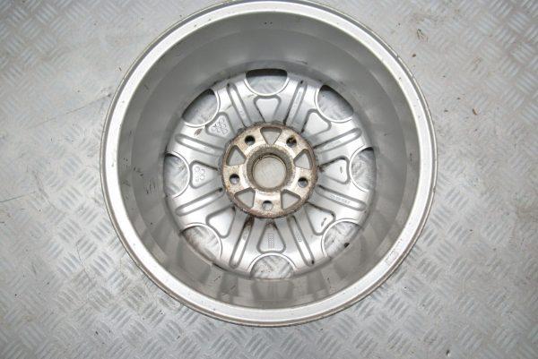 Jante alu 15 pouces 5 trous Audi A4