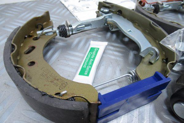 Kit frein arrière Ford/Mazda