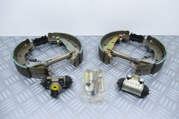 Kit mâchoires de frein Renault Express 1 7701205308