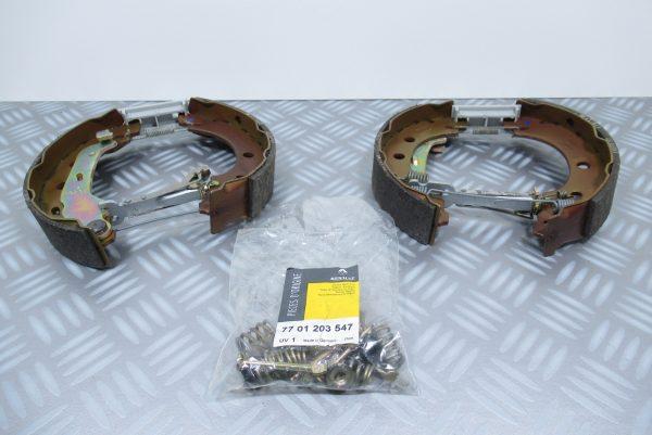 Mâchoires de frein Renault Express 1 7701205308