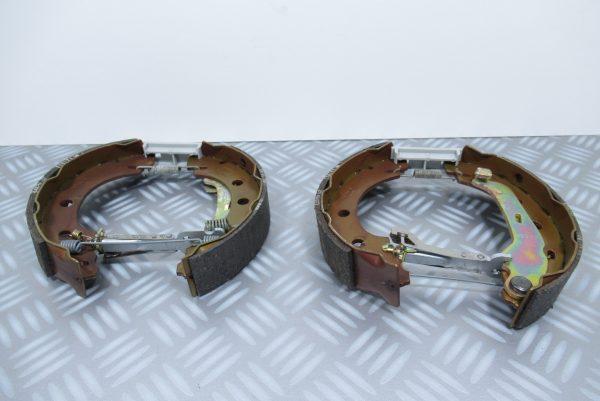Mâchoires de frein Renault Kangoo 1 / 7701205308