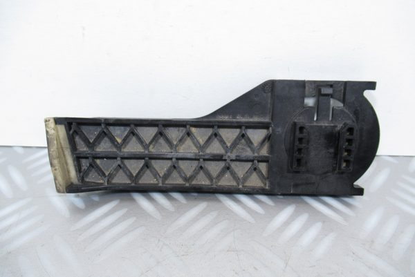 Support radiateur Mercedes Classe B W246
