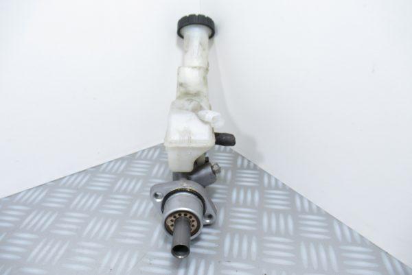 Maitre cylindre de frein Renault Clio 3 1.5 DCI 8200129956