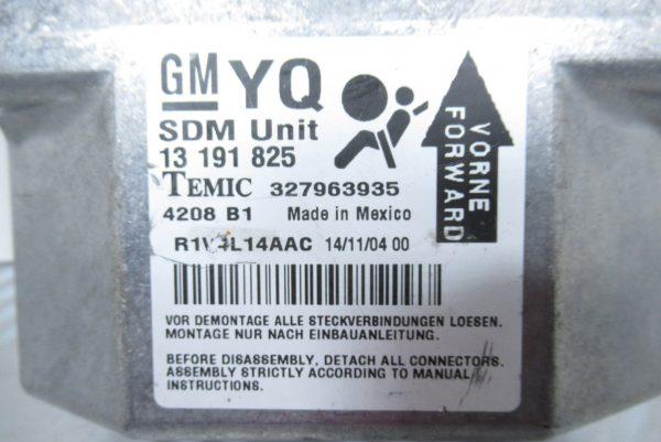 Calculateur d'airbag General Motors Opel Astra H 327963935