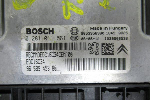 Calculateur Moteur Citroën C5 II 1.6 HDI 9653958980