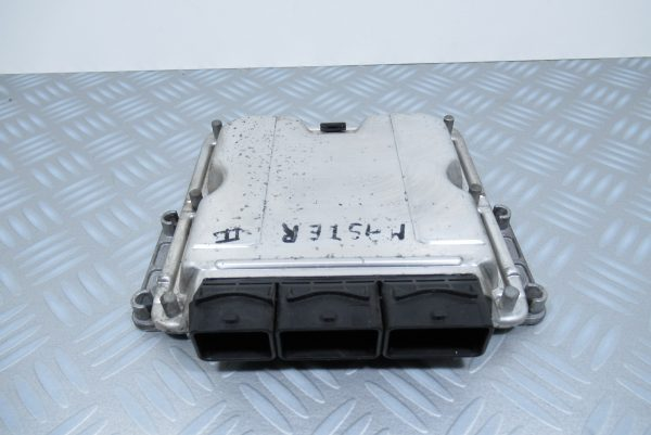 Calculateur moteur Bosch 0281011106