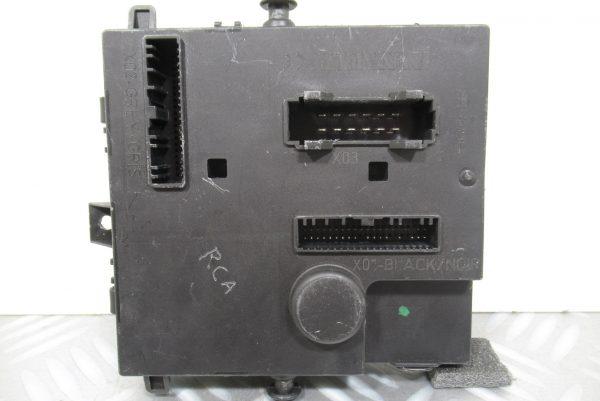 Calculateur Porte Ar G Mercedes W211 2118201526