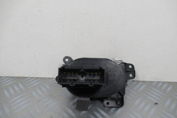 Commande de Phare Ford Fiesta 5  256T13A024CB