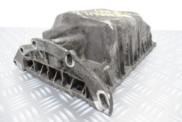 Carter d'huile moteur Renault Megane  1,9 DCI  770016903