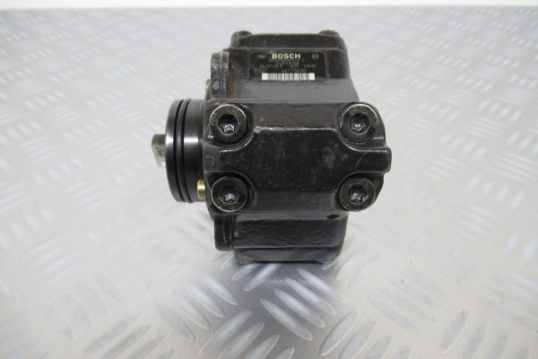 Pompe injection Bosch Fiat 500 1,3 JTD 75CV  0445010080