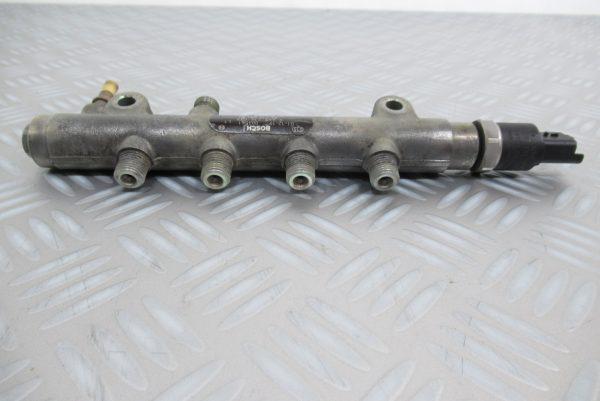 Rampe Injection Bosch Peugeot 307 1.4 HDI 0445214028 : 9641509480