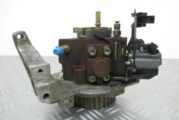 Pompe injection Bosch Peugeot 308 1,6 HDI 0445010102 / 9683703780