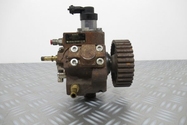 Pompe injection Bosch Peugeot 207 1,6 HDI 0445010102 / 9656300380