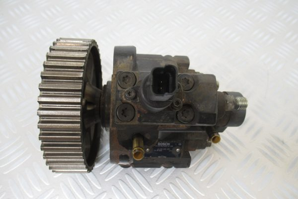 Pompe injection Bosch Peugeot 406 2,0 HDI 90 CV  0445010010
