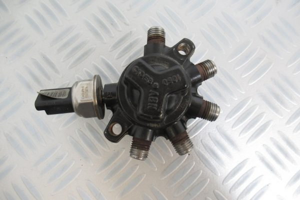 Rampe Injection Delphi Reanault Clio 2 1.5 DCI R9144Z010D : 8200057345