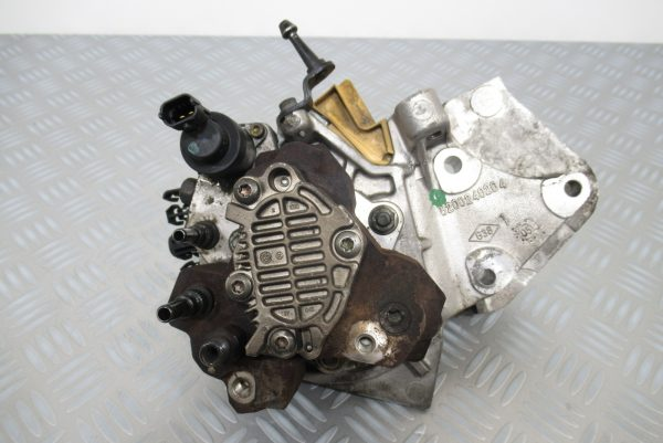Pompe injection Bosch Renault Scenic 1,9 DCI 120 CV  0445010075 / 8200456693