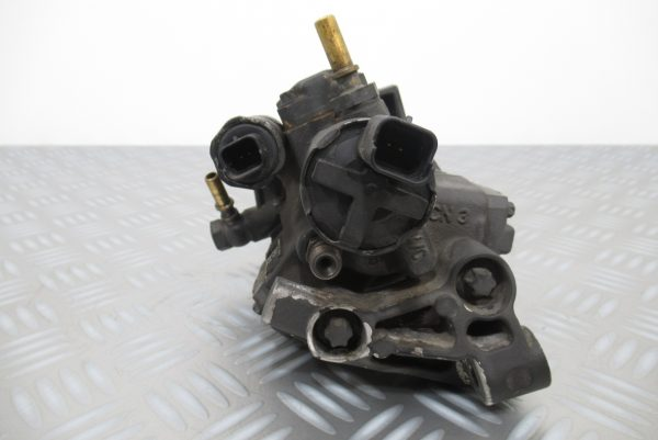 Pompe injection Renault Scenic 3 1,5 DCI 105 CV  5WS40153 / 8200663258