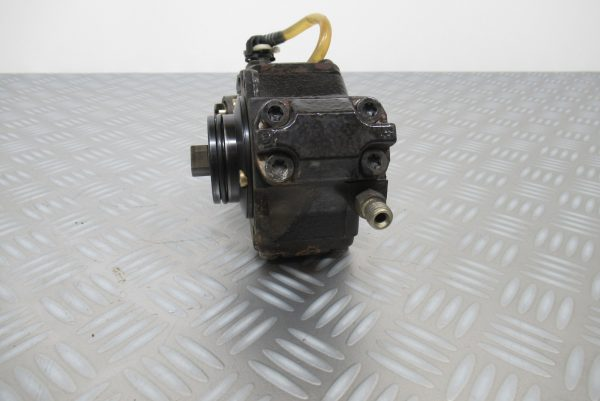 Pompe injection Bosch Mercedes Classe A W168  0445010008 / A6110700501