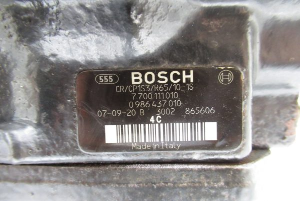 Pompe injection Bosch Renault Scenic 1,9 DCI  700111010 / 0986437010