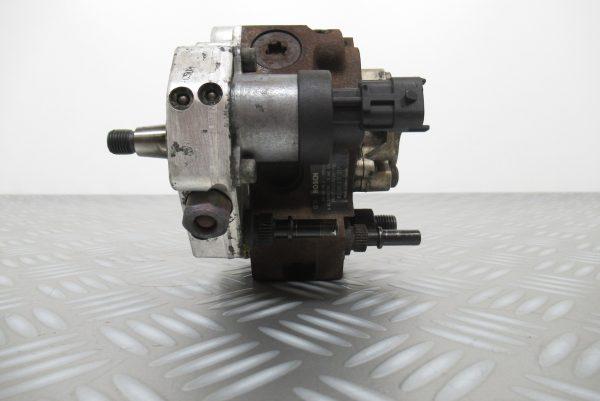 Pompe injection Bosch Renault Velsatis 2,2 DCI  0445010033 / 8200170377