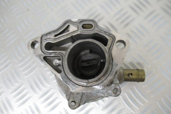 Pompe a vide Magneti Marelli Renault Laguna 1,9 D  MM100728 / 7700111387