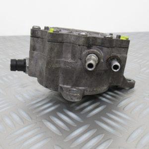 Pompe a vide Bosch Volkswagen Passat 2,0 TDI  03G145209D