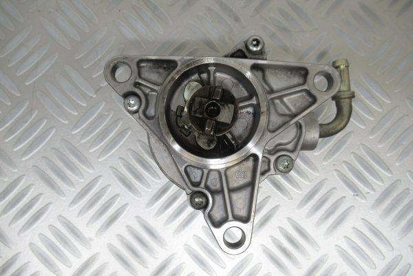 Pompe a vide Pierburg Renault Safrane 2,2 DT  72188305G
