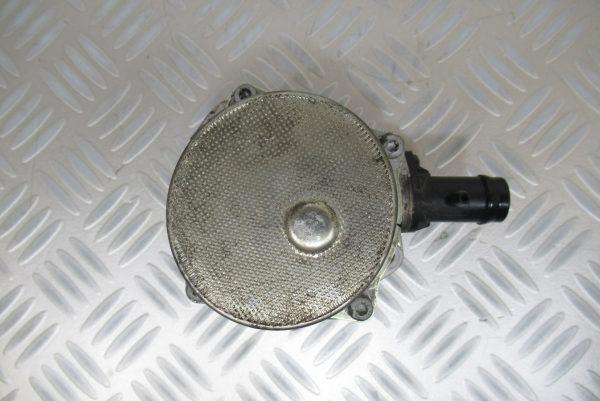 Pompe a vide Pierburg Renault Scenic 2 1,5 DCI  8201005306