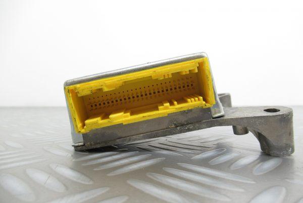 Calculateur d'airbag Renault Espace 3 8200251277