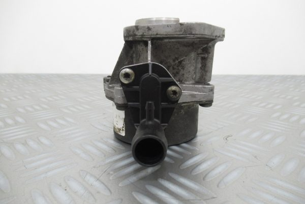Pompe a vide Pierburg Renault Trafic 2  1,9 DCI 100CV  8200327252