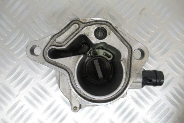 Pompe a vide Pierburg Renault Clio 2 1,9 D 65CV  72238904D / 8200046843