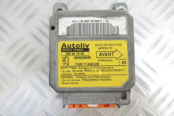 Calculateur d'airbag Peugeot 206 9635268880 / 550541500