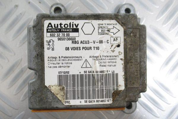 Calculateur d'airbag Peugeot 206 9650136680 / 602327000