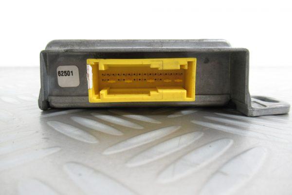 Calculateur d'airbag Renault Kangoo 1 8200098401 / 550751800