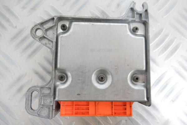 Calculateur d'airbag Renault Kangoo 8200381654 / 605044900