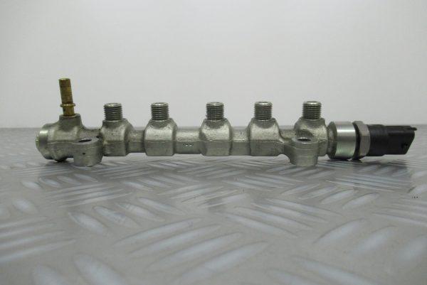 Rampe injection Bosch Renault Espace 4  2,2 DCI 150CV  0445214079 / 8200378703