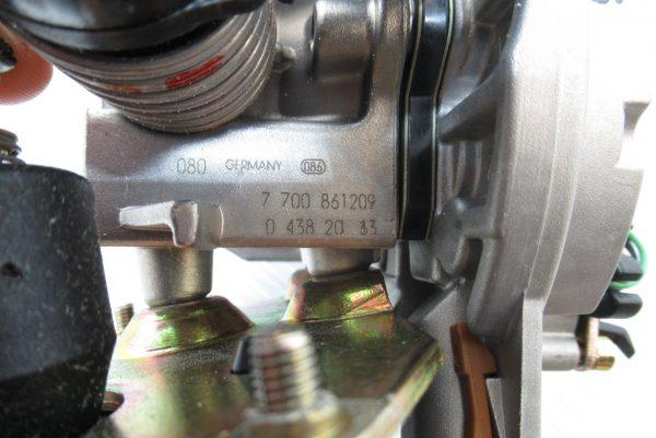 Carburateur mono point Bosch Renault Clio 1  1,8 Essence  0438201163 / 7700861209