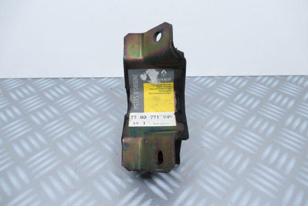 Support moteur inférieur arrière Renault Express / 7700771949