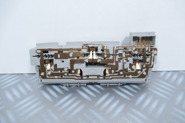 Eclairage de plafonnier Renault Laguna 1 et 2 8200013576