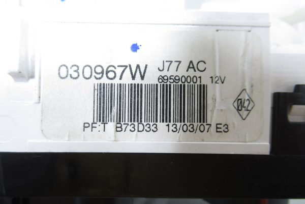 Commande de climatisation Renault 030967W
