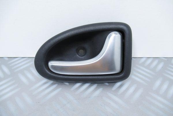 Poignée intérieure avant droite Renault Clio 2 7700423888