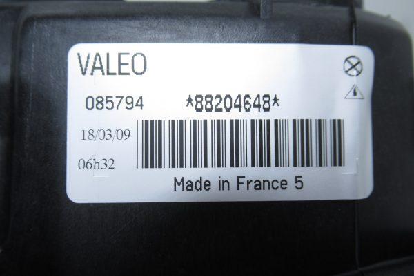 Optique avant gauche Renault 085794