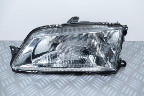 Optique avant gauche Peugeot 085594