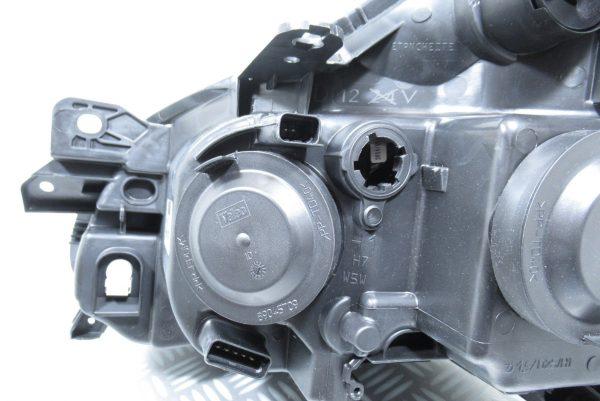 Optique avant droit Renault 088952