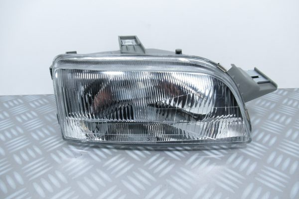 Optique avant droit Fiat 203096052